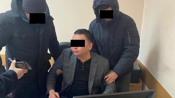 Садыр Жапаровтың баспасөз қызметінің басшысы ұсталды