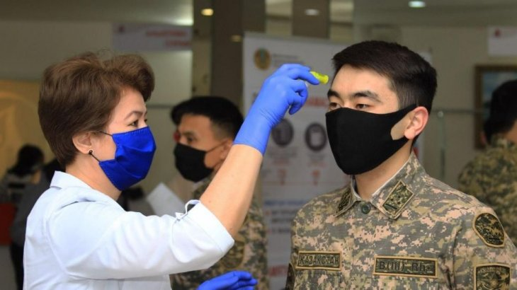 Әскерилерге коронавирусқа қарсы вакцина егу қашан басталады?