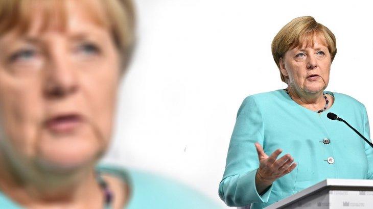 «Меркель Германияда коронавирустың үшінші толқыны басталғанын айтты» - БАҚ