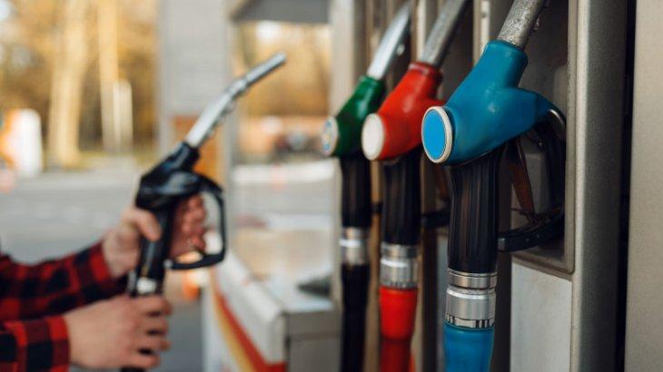 «Бензин қымбаттайды. Бірақ оны реттей алмаймыз» - энергетика министрлігі