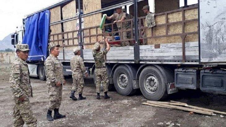Көрші Қырғызстанда шекара маңындағы ауыл тұрғындары эвакуацияланып жатыр