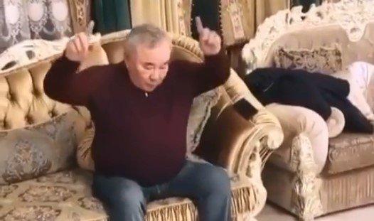 91 тобының әніне билеген Болат Назарбаевтың ВИДЕОсы желіні жарды