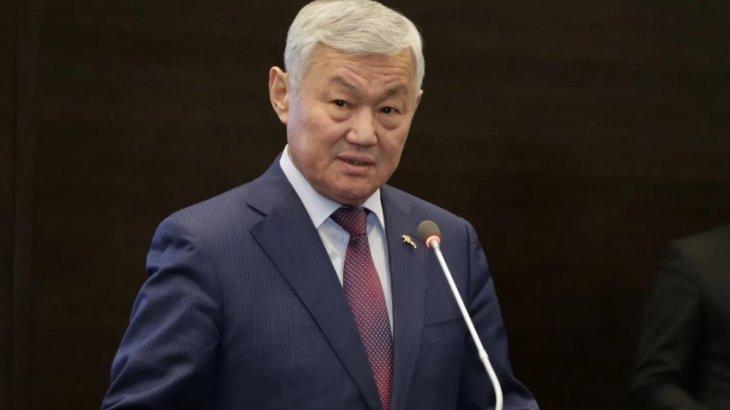 «Табысымды жасырмаймын»: Бердібек Сапарбаев қанша айлық алатынын айтты