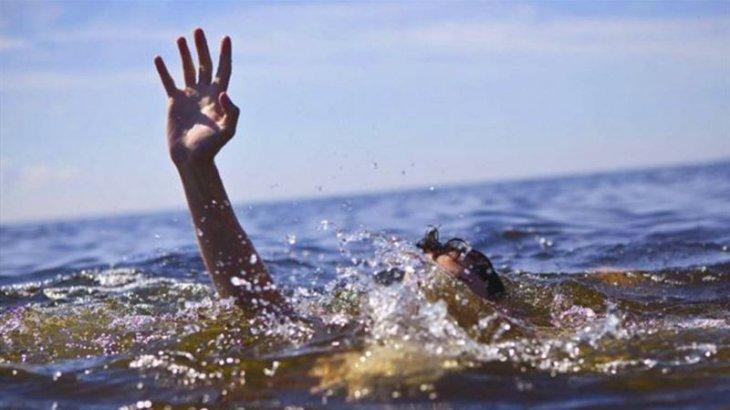 Ақмола облысында ер адам әйеліне гүл жұлып берем деп суға батып өлді