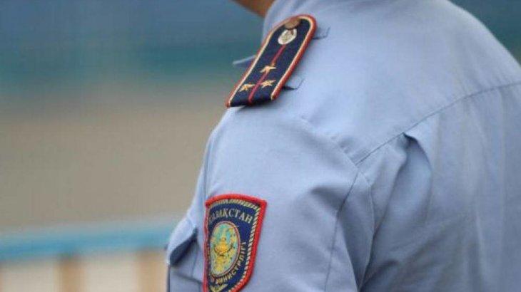 Полицейдің погонын жұлып, көлігін өртеп жіберген күдікті ұсталды