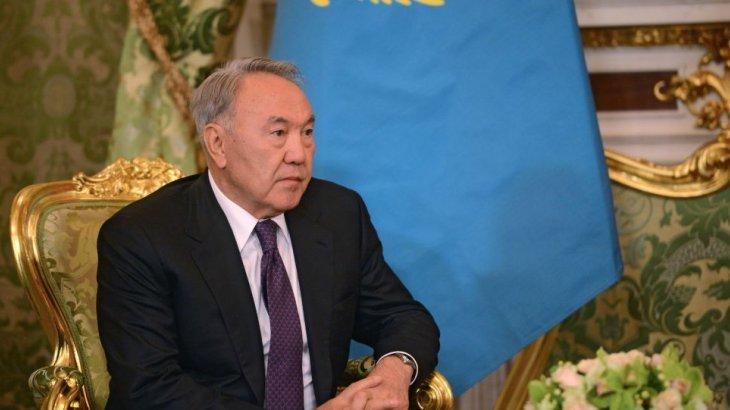 «Біреуін банкир, біреуін министр қылдым. Ал олар қашып кетті» - Назарбаев