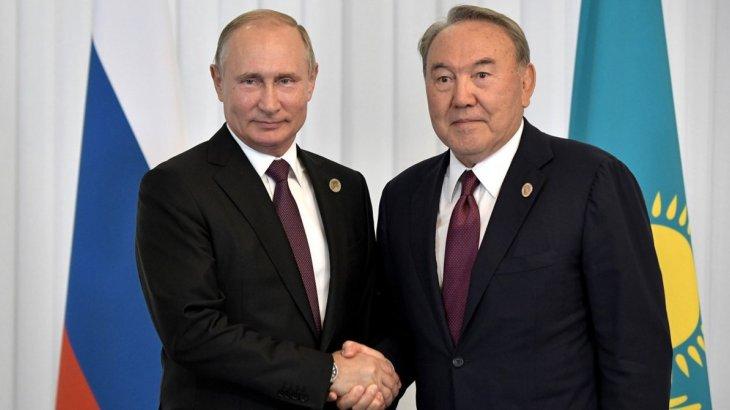«Кенесарының сүйегін қайтаруға көмектесемін»: Путин Назарбаевқа уәде етті