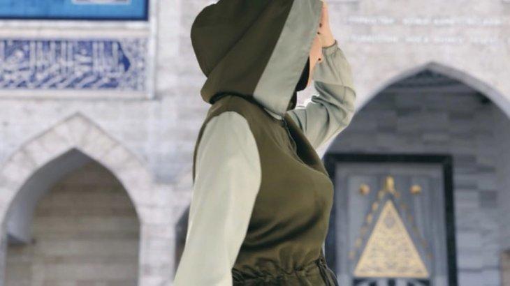 Қоғамдық орындарда әйелдерге хиджаб киюге рұқсат берілді