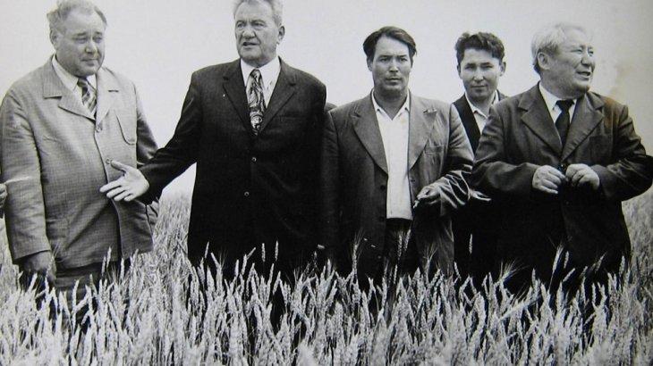 «700 жаңа скважина»: Дінмұхамед Қонаев 1975 жылы болған құрғақшылықпен қалай күрескен (ВИДЕО)