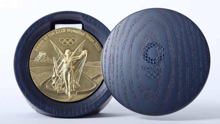 Олимпиададағы өзгеріс: спортшылар алған медальдарын өздері тағады