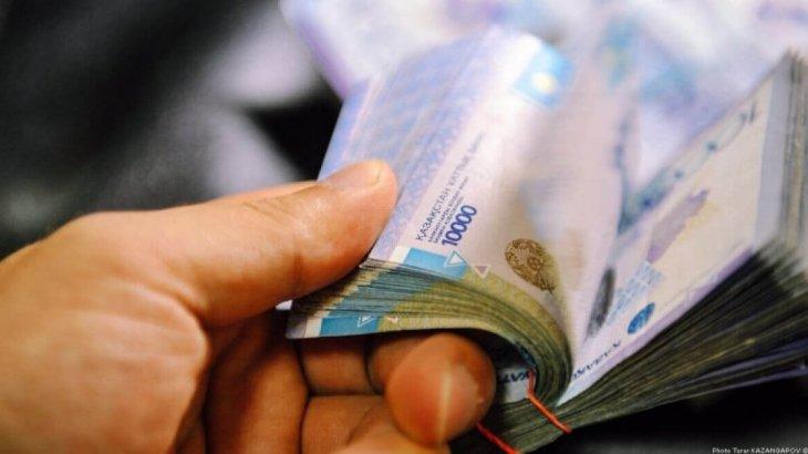 2,2 млн теңге жымқырған «Қазатомпром» департаментінің басшысы ұсталды