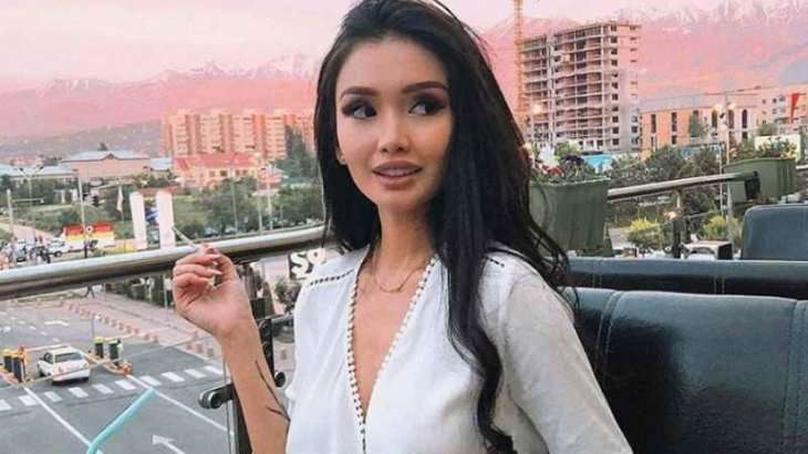 Атышулы Айжан Байзақова ұлының әкесімен айырылысты