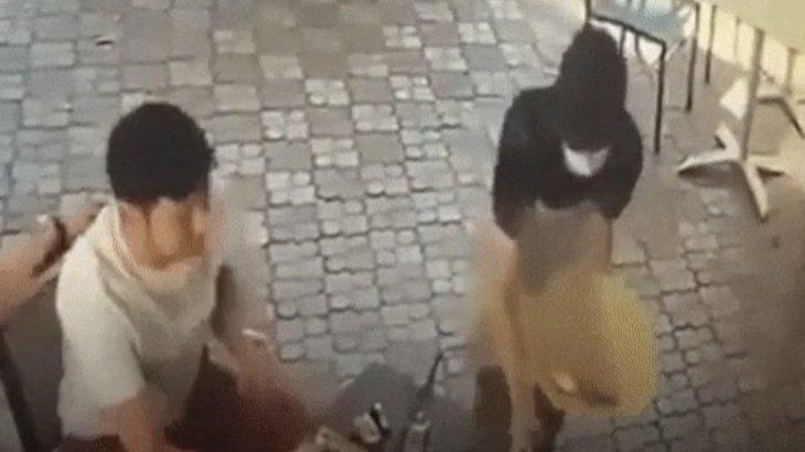 Алматы кафесінде даяшыны ұрған адам видеоға түсіп қалды
