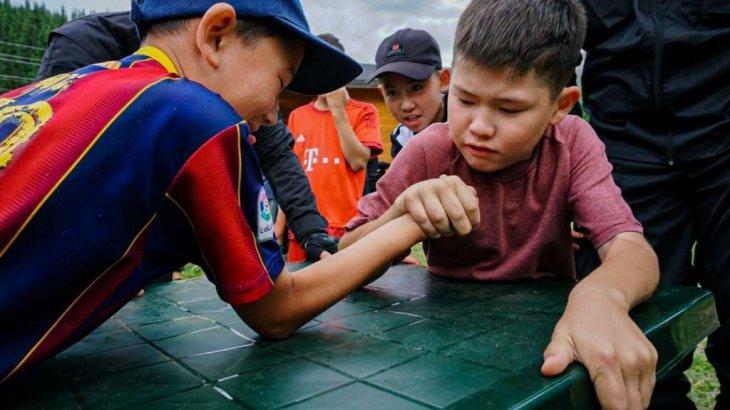 Болат Назарбаевтың «Салиқалы ұрпақ» қоры ұйымдастырған жазғы лагерьді қорытындылады