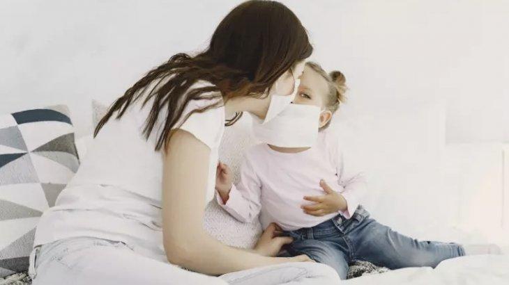COVID-19-дың балаларда байқалатын ең негізгі белгісі қандай?