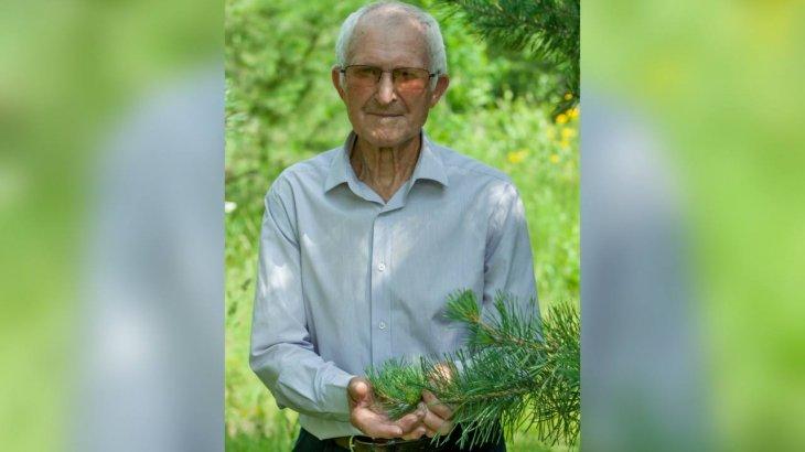 ШҚО-да бір орман ағашты өзі еккен 90 жастағы қария көмек сұрайды