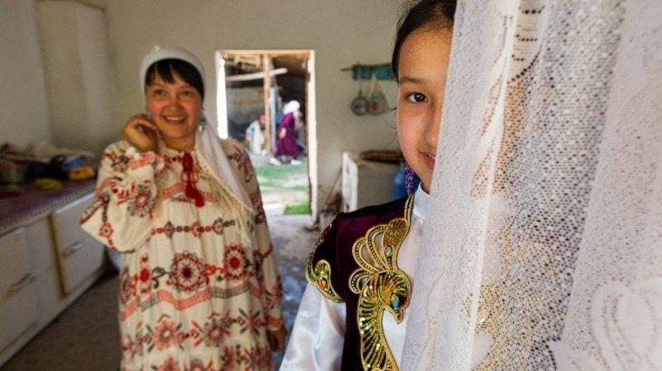 Әйгілі National Geographic шымкенттік отбасының суретін әлем назарына ұсынды (фото)