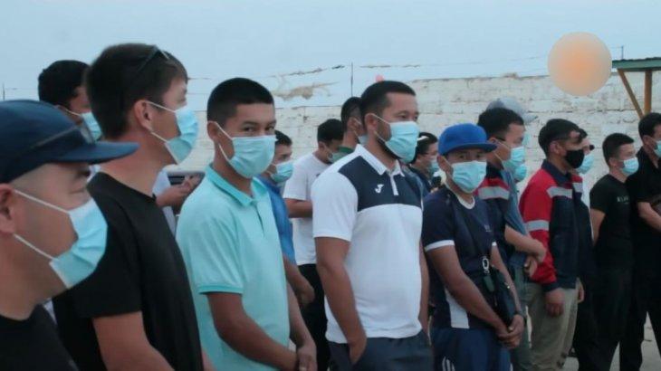 «Кедейдің жағдайын кешудеміз»: Маңғыстауда 700-ден астам жұмысшы үш күннен бері ереуілдетіп жүр