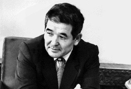 «Қазіргі қоғам Өзбекәлідей адамға мұқтаж» - Олжас Сүлейменов