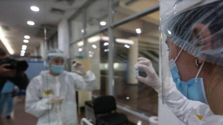 COVID-19 бен тұмауға қарсы қос вакцинаны бір мезетте алуға бола ма