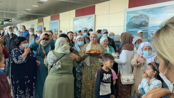 Қазақстан Ираннан 53 қазақты көшіріп әкелді