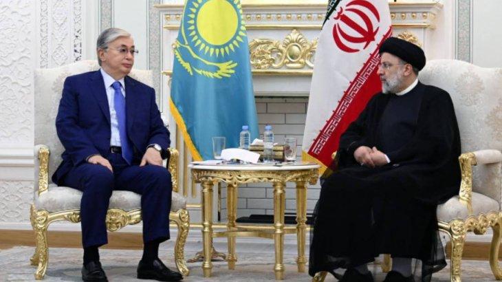 Тоқаев Иранның жаңадан сайланған президентімен кездесті