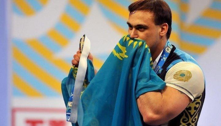 «Карьерадан кейін ешкімге керек емеспіз»: Илья Ильин 25 жастағы ауыр атлет өліміне қатысты пікір білдірді