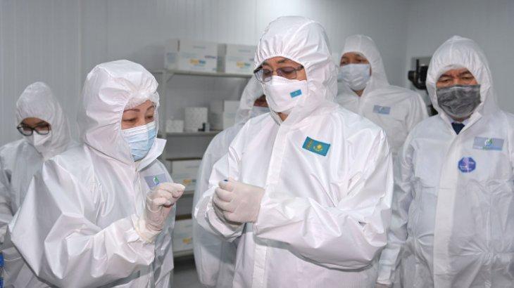 Тоқаев QazVac вакцинасын шығаратын зауытқа барды